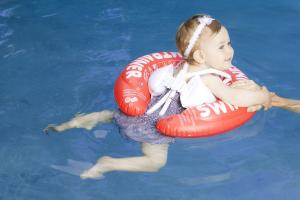 Swimtrainer красный от 3 месяцев до 4 лет