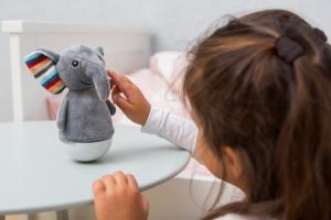 Детский ночник zazu слон серого цвета