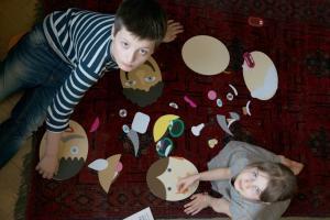 Весёлая детская игра shusha составь портрет из деталей
