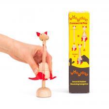 Детская игрушка kipod из дерева и резинок «подпрыгивающий кенгуру»