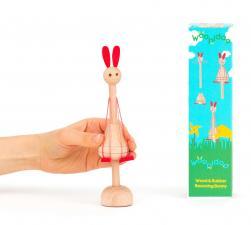 Детская игрушка kipod из дерева и резинок «подпрыгивающий кролик»