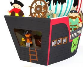 Картонные пираты из набора пиратский корабль