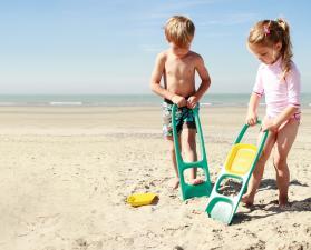 Пляжный сезон с лопаткой scoppi